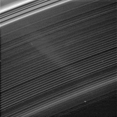 Anillo D fotografiado por Cassini