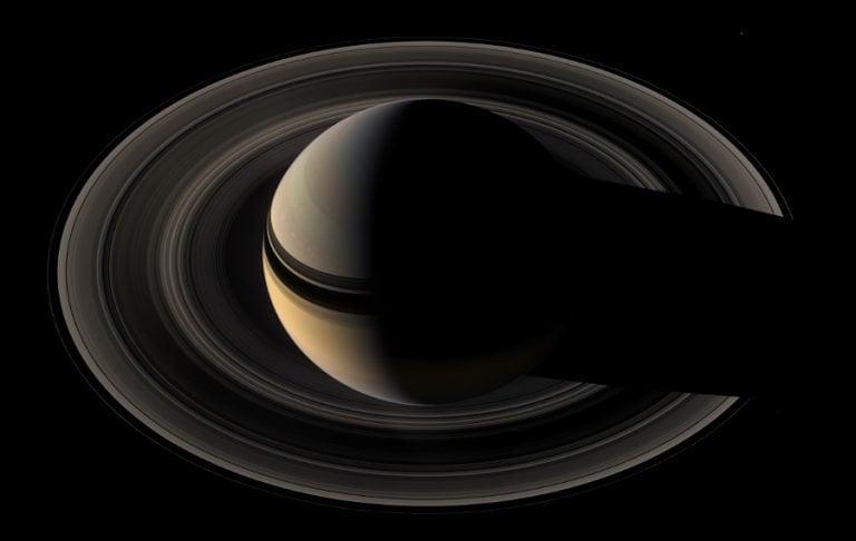 Saturno y sus anillos, vistos por Cassini