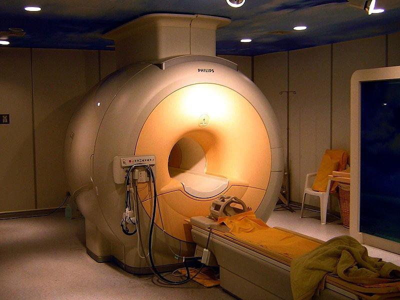 Aparato de IRMN